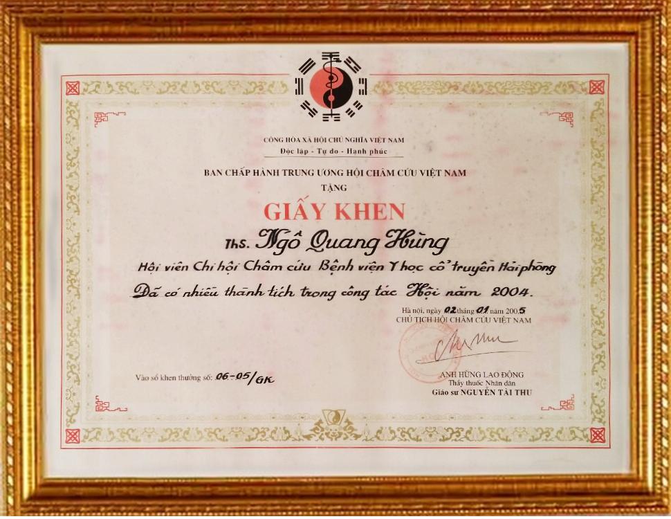 Bằng khen của ban chấp hành trung ương hội châm cứu Việt Nam năm 2004 tặng Ths.Bs Ngô Quang Hùng