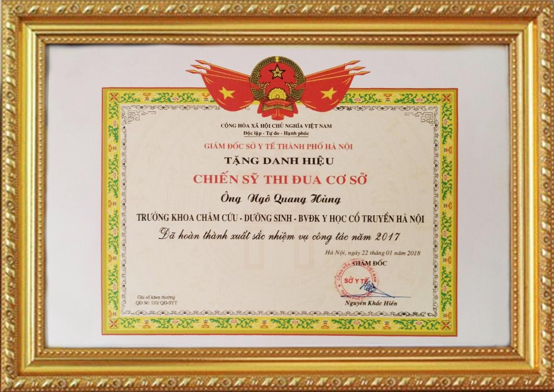 Danh hiệu chiến sĩ thi đua cấp cơ sở do giám đốc sở y tế hà nội khen tặng Ths.Bs Ngô Quang Hùng 2017